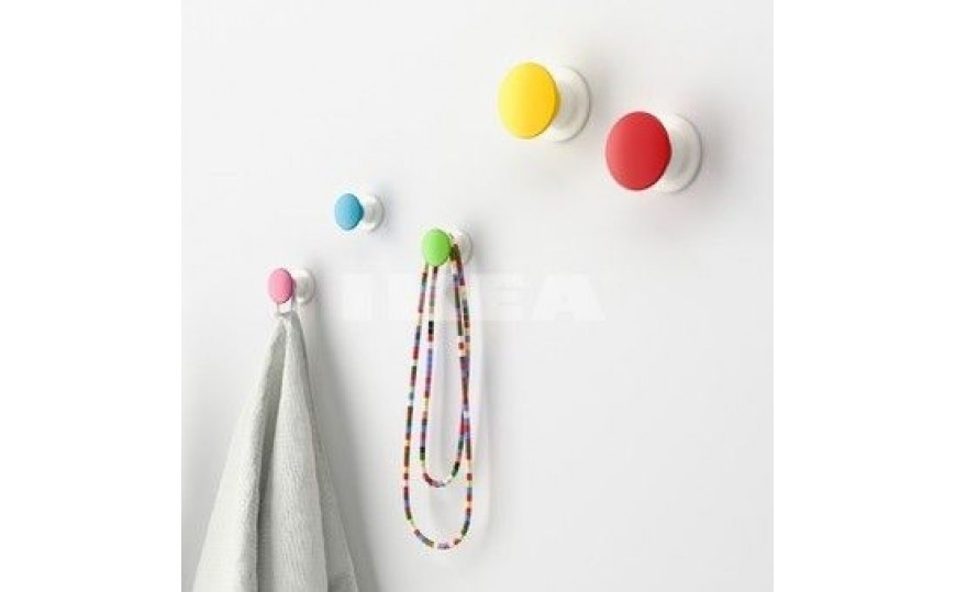 Hooks and hangers for kids rooms for Wall hooks for kids room