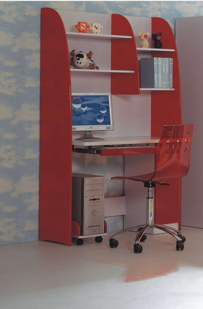 Elegant McQueen Red Study Table For Children